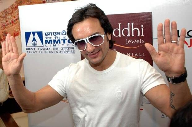 Saif Ali Khan Tattoo Kareena Saif Ali Khan Showing Kareena
