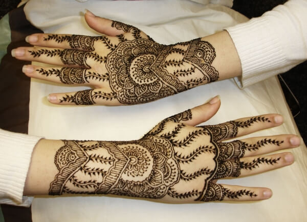 Outer Hand Henna Tattoo