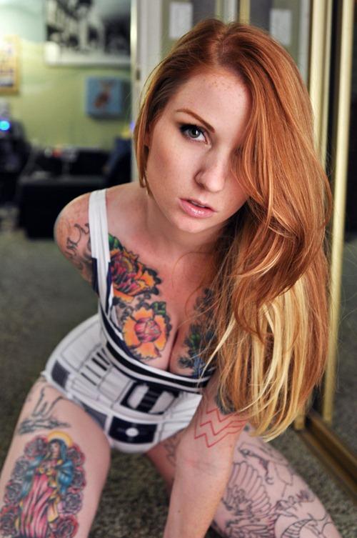 tattoo-girl-privates