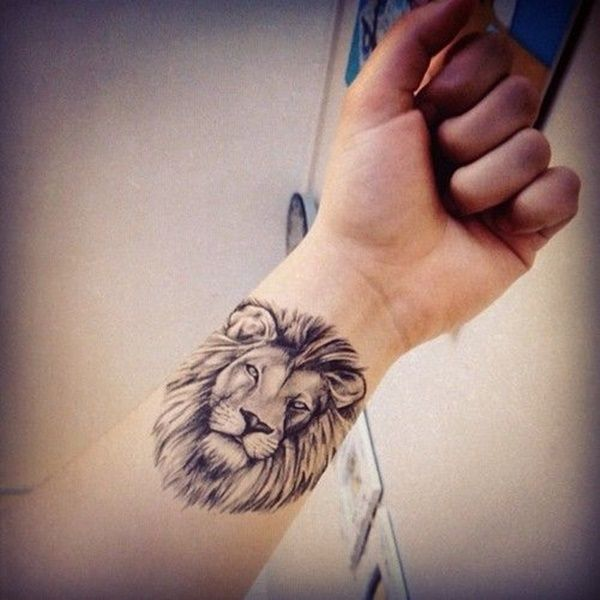 lion-tattoo-wrist